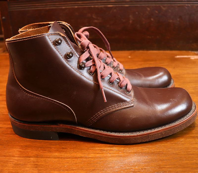 1970s DEAD STOCK , Un Known , WORKBOOTS , Size 10