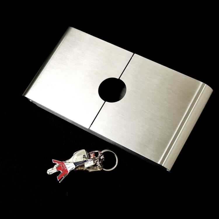 [廃番] ZACK 50598 CLAVIS ドイツZACK社製モダンデザインのキーキャビネット