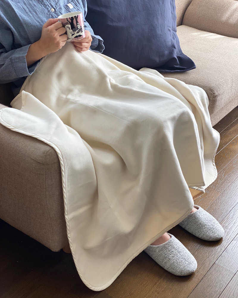 オーガニックコットン なめらか 綿毛布 ハーフサイズ ブランケット ベビー用毛布 ひざ掛け あったかギフト 日本製  blissful/ブリスフル