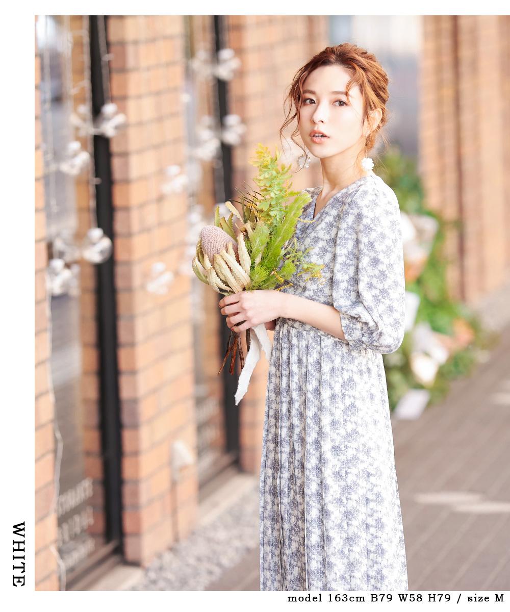 バックスピンドル 花柄プリーツワンピース