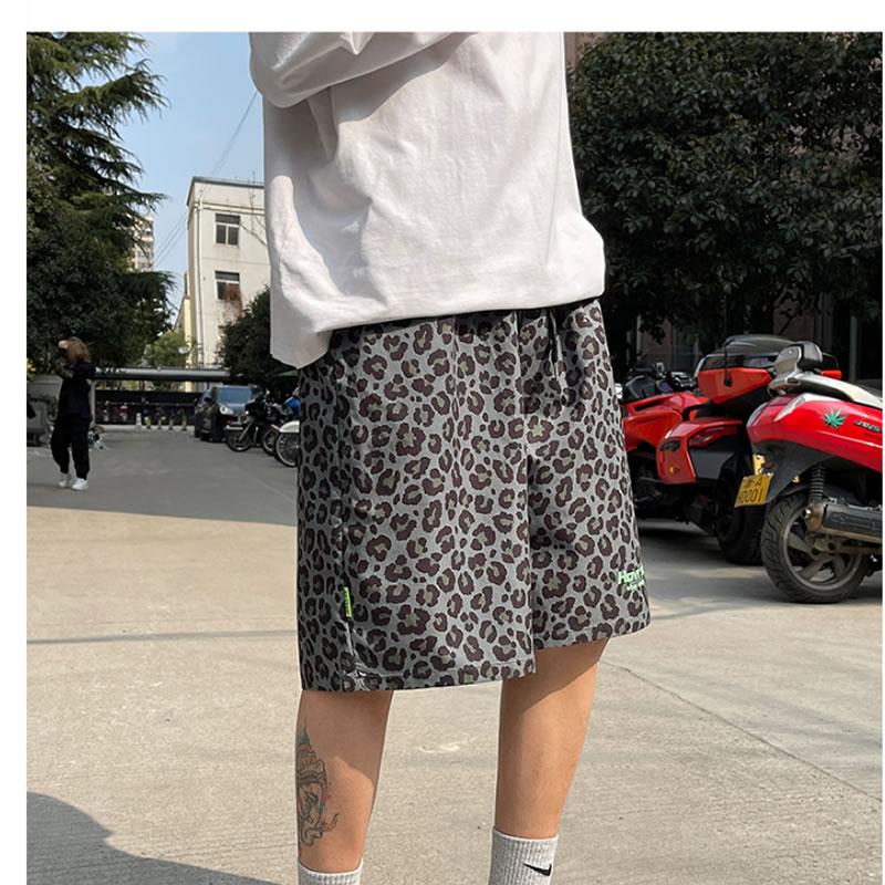 ヒョウ柄 ハーフパンツ ゆったり ショーツ レオパード柄 アニマル柄 ショーツ  バスケパンツ  スポーツ トレーニング メンズ   膝丈 ひざ丈 おしゃれ 大きいサイズ メンズファッション ストリート ストリート系 スト系 ファッション 韓国 韓流 K-POP アイドル パンツ