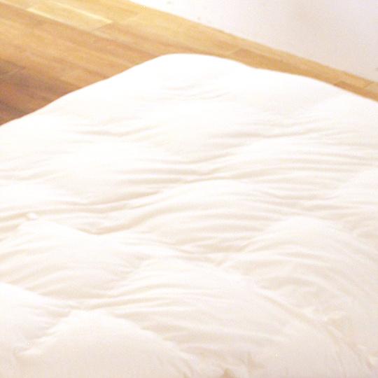 縫い目ゼロの防ダニ掛け布団 羽毛タッチ オールシーズン   (アルファイン) ダブル