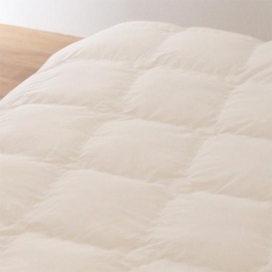 縫い目ゼロの防ダニ掛け布団 羽毛タッチ (アルファイン) セミダブル