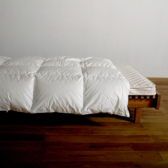 ハンガリーホワイトマザーグースダウン93%×100サテン羽毛布団・合掛け セミダブル