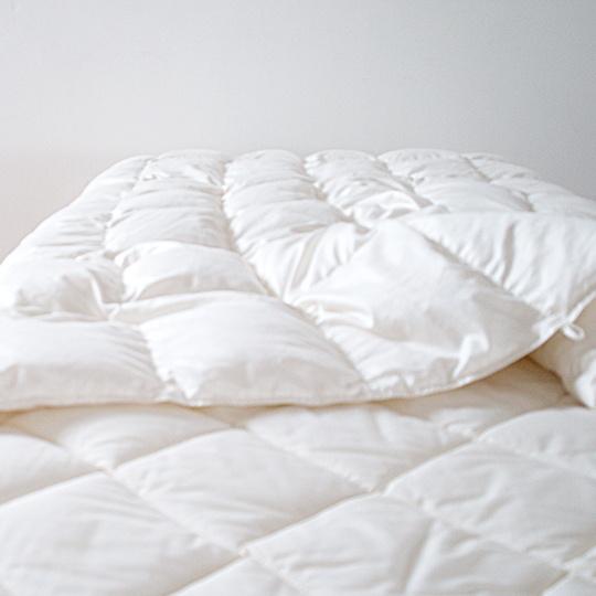 ハンガリーホワイトマザーグースダウン93%×ふわふわ洗える羽毛布団・肌掛け クイーン