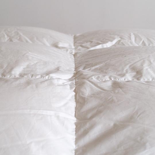 ハンガリーホワイトグースダウン93%×100サテン羽毛布団・合掛け ダブル