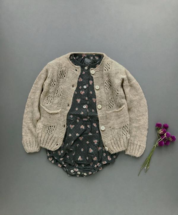 tocoto vintage     Flower print button up body / DARK BROWN