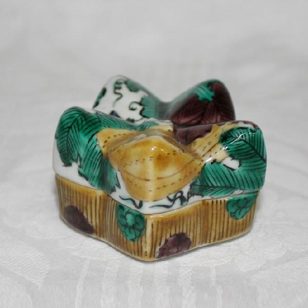 九谷焼 手描き 花形香合
