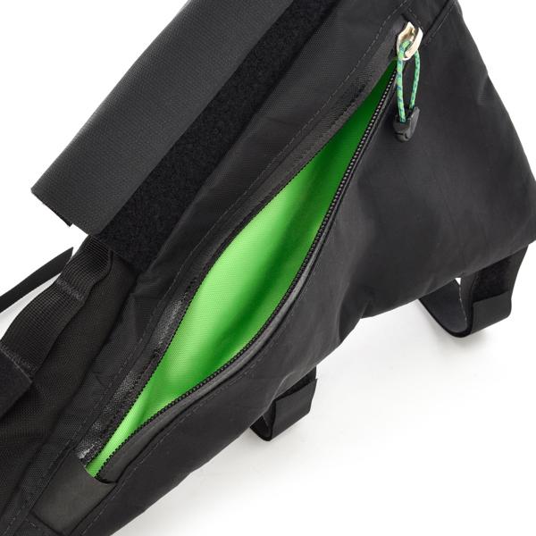 OVEJA NEGRA(オベハネグラ) / スーパーウェッジーフレームバッグ【Super Wedgie Fram Bag】<Black>
