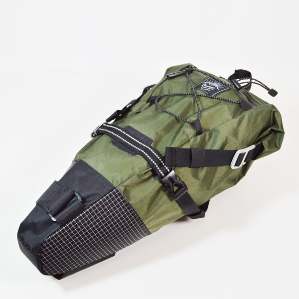 RawLow Mountain Works (ロウロウ マウンテンワークス) / バイクンハイクバッグ X-Pac VX21 【Bike'n Hike Bag X-Pac VX-21】<Olive Drab>