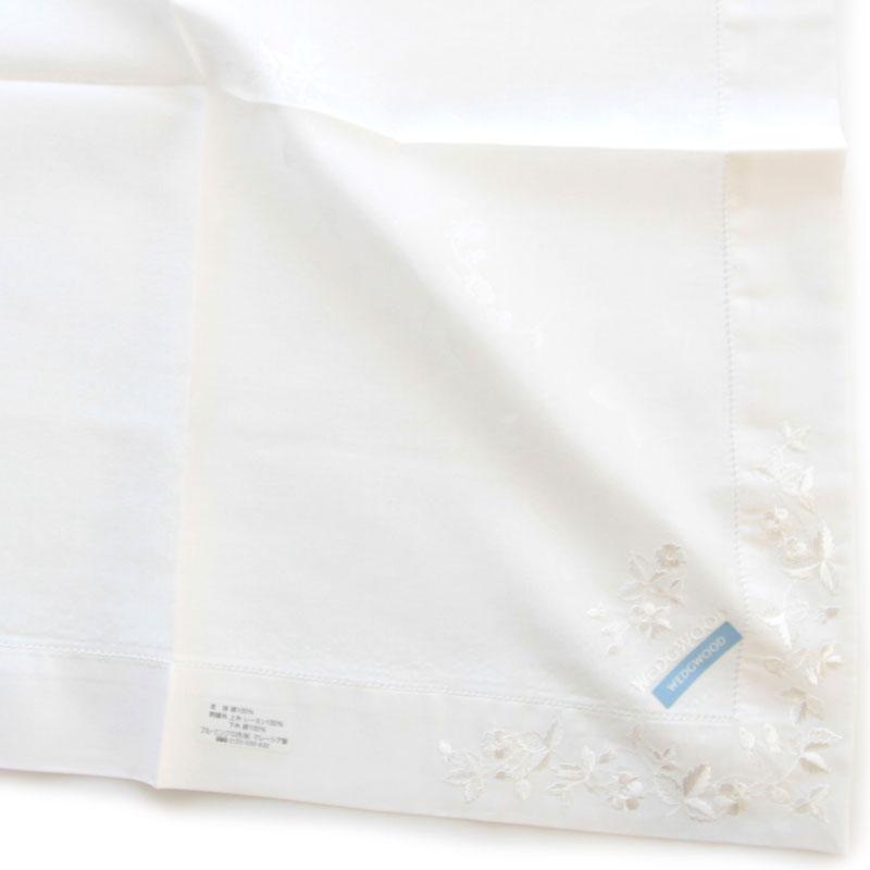ウェッジウッド ワイルドストロベリー 刺繍ハンカチ 2201 ホワイト