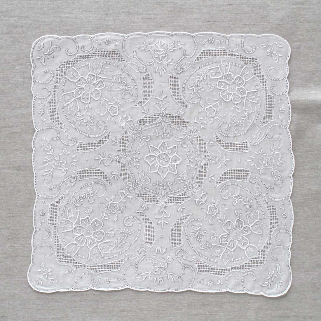 【送料無料】 汕頭手刺繍 ハンカチ 9203