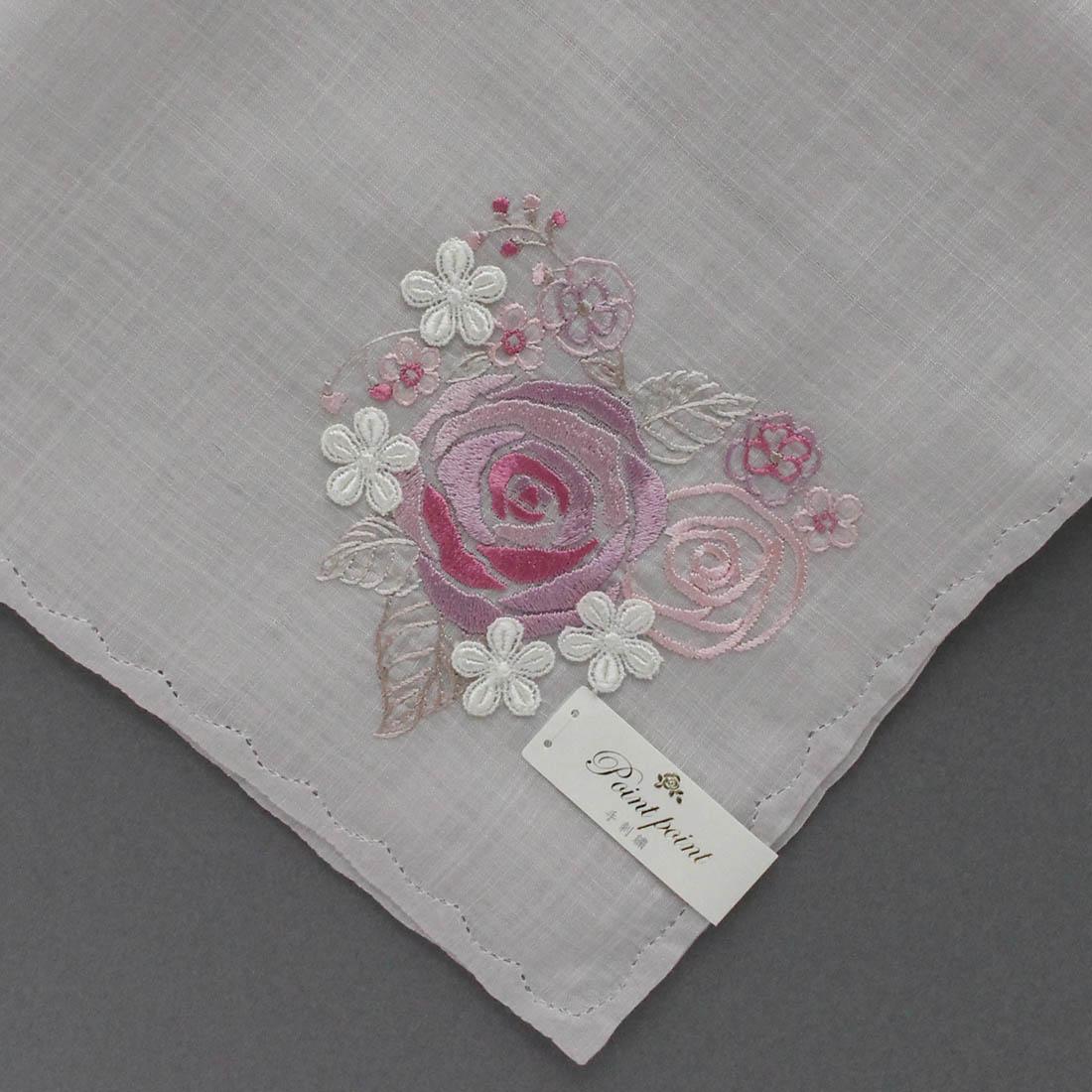 【送料無料】ベトナム手刺繍ハンカチ 花 8213 グレー