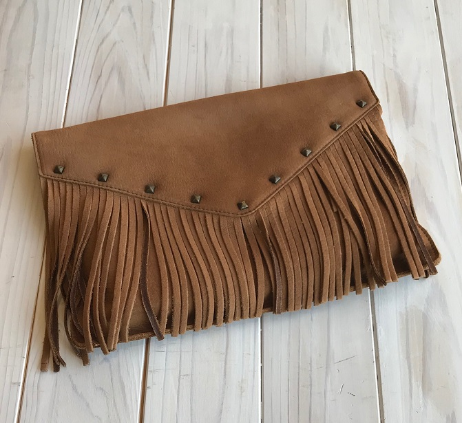 <the Bagmati>Fringe Clutch Bag