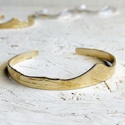 <treasured friends>Shichirigahama Bangle Brass