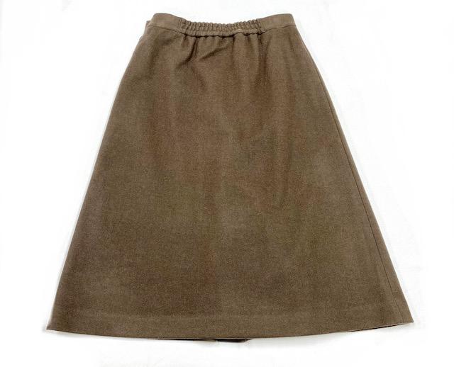 ビット付きボックススカート