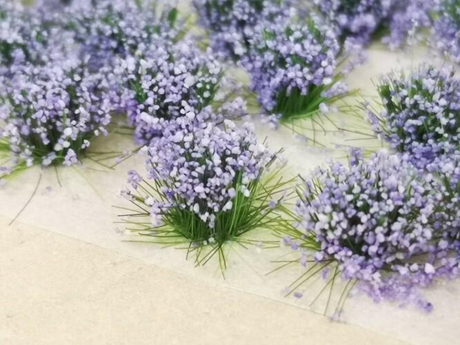 Standard Flower Tufts Lavender
