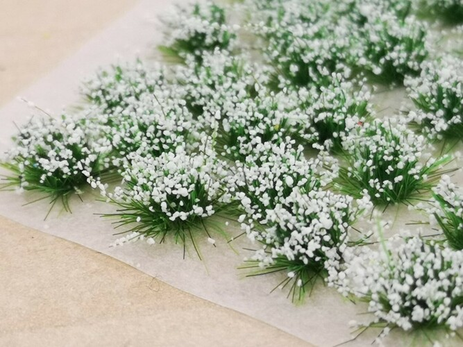 Small Flower Tufts White