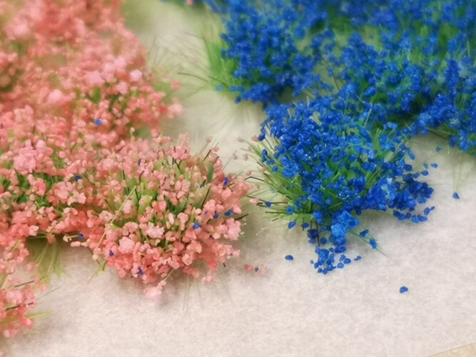Small Flower Tufts - Mixed colours