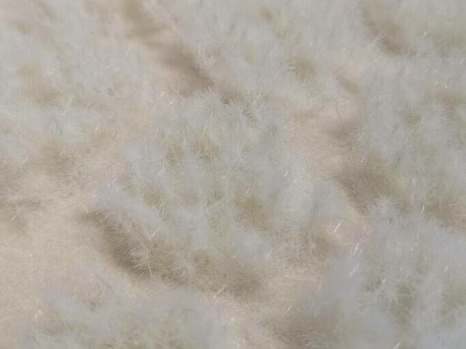 Snow 12mm - Large Thistle Tufts