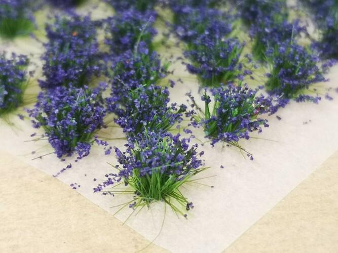 Standard Flower Tufts Purple