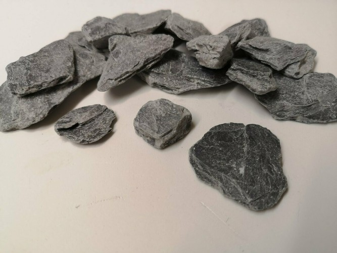 Large Slate Chip Pieces