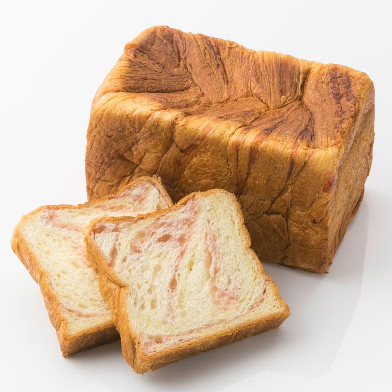 ボローニャデニッシュ食パン イチゴ 1.75斤