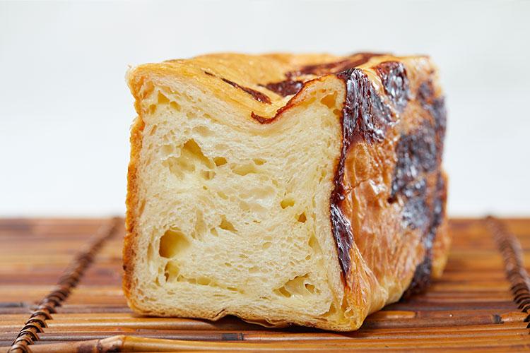 京都祇園ボロニヤはんなりチーズデニッシュ 1斤