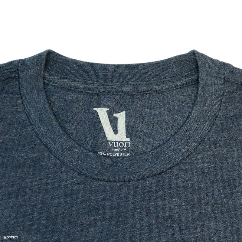 ヴオリ/Vuori V1 VUORI WORDMARK LOGO TEE メンズTシャツ