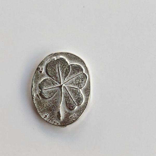 ポケットコイン シルバークローバー