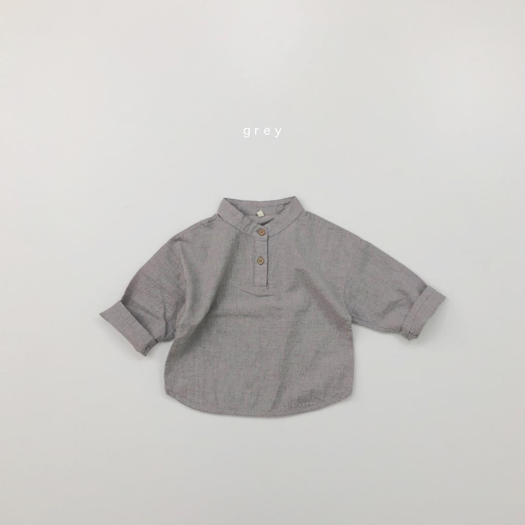 flourヘンリーネックシャツ