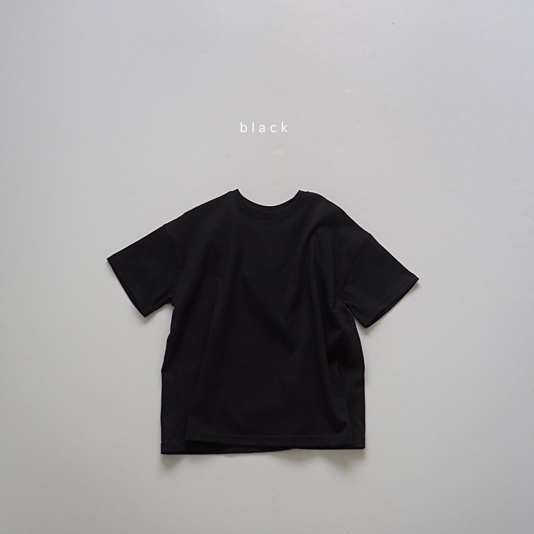 バックタックオーバーTシャツ