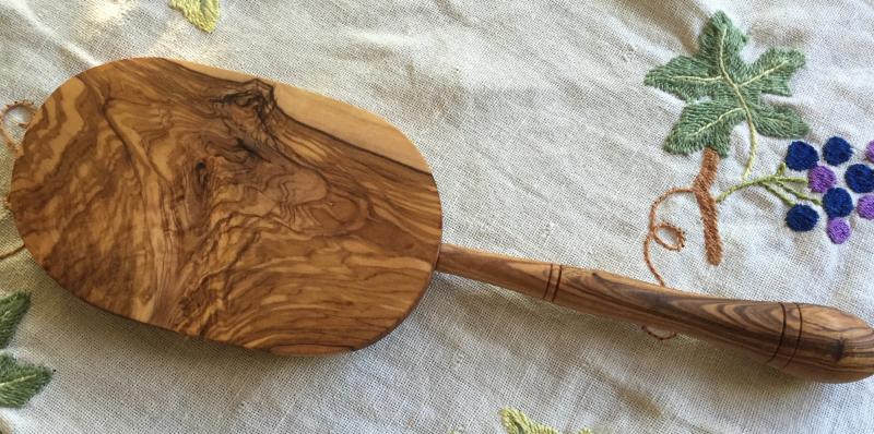 ニョッキ作り器 オリーブの木製  新入荷しました。