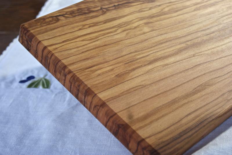 オリーブのまな板  角形(大) Made in Tuscany