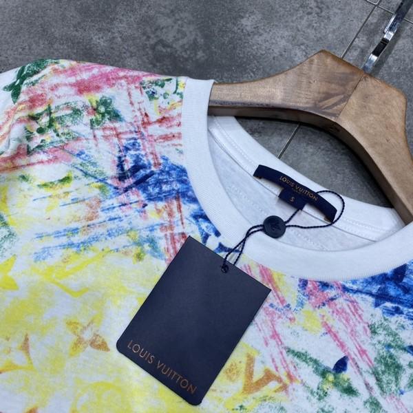LV ルイヴィトン LOUIS VUITTON 【送料無料】 LV ロゴプリントTシャツ 男女兼用  サイズ: XS~L 【2021/04/07*85】 商品コード:GEKIYASU  L-004674