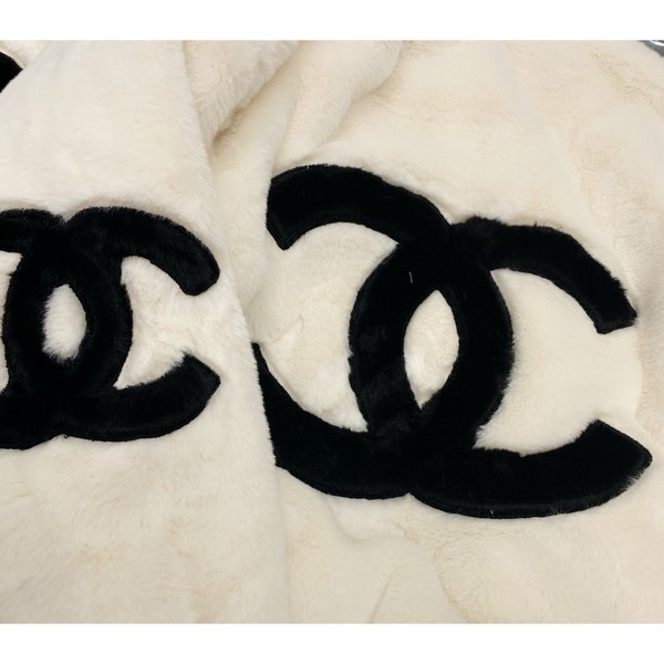 CHANEL シャネル【送料無料】 CC ロゴキルトパッドジャケット  2カラー  サイズ:S/M/L   【2020/10/27*280】   商品コード:GEKIYASU L-003678