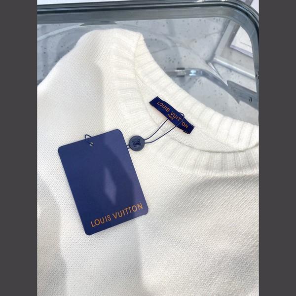 LV ルイヴィトン LOUIS VUITTON  【送料無料】 ロゴプルオーバーのセーター サイズ: XS~L 【掲載日:2021/09/14*140】 商品コード:GEKIYASU  L-005348