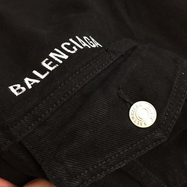BALENCIAGA バレンシアガ【送料無料】 男女兼用 クルーデニムジャケット サイズ: XS/S/M/L  【2020/08/26*170】   商品コード:GEKIYASU L-003190