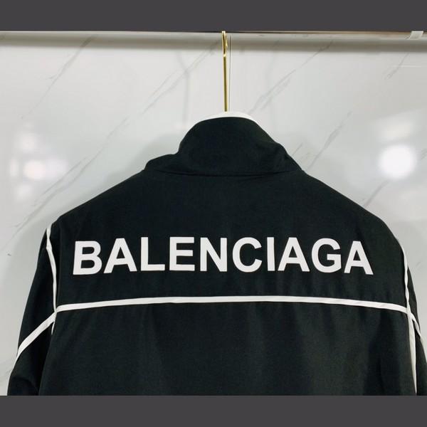 BALENCIAGA バレンシアガ 【送料無料】 ウインドブレーカー 男女兼用   サイズ: S~XXL  【掲載日:2021/09/15*210】 商品コード:GEKIYASU  L-005355
