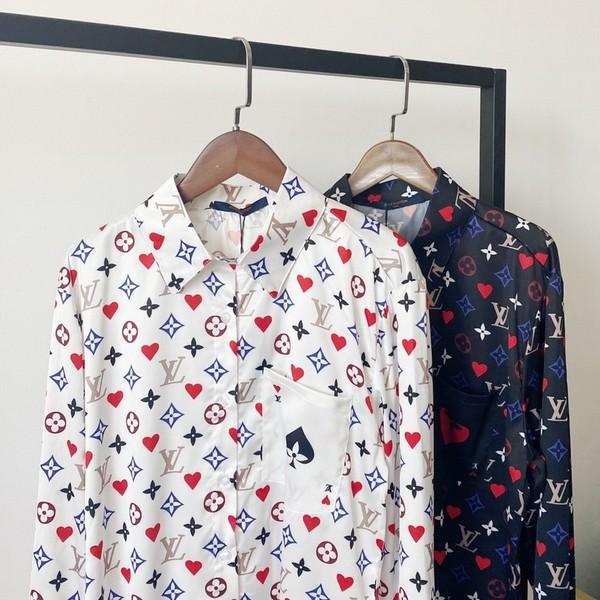LV ルイヴィトン LOUIS VUITTON【送料無料】 LVロゴTシャツ  2カラー サイズ:38/40/42/44   【2020/08/18*100】  商品コード:GEKIYASU L-003119