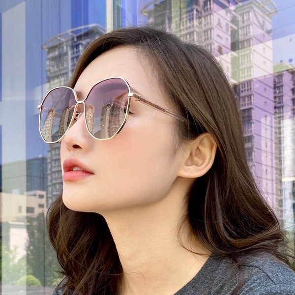 GUCCI グッチ【送料無料】レディース サングラス 5カラー   【2020/07/21*98】 商品コード:GEKIYASU L-002855