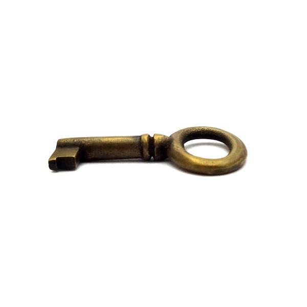 真鍮 アンティークゴールド 鍵 X4289