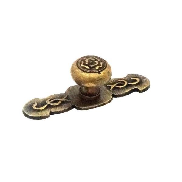 真鍮 アンティークゴールド つまみO007