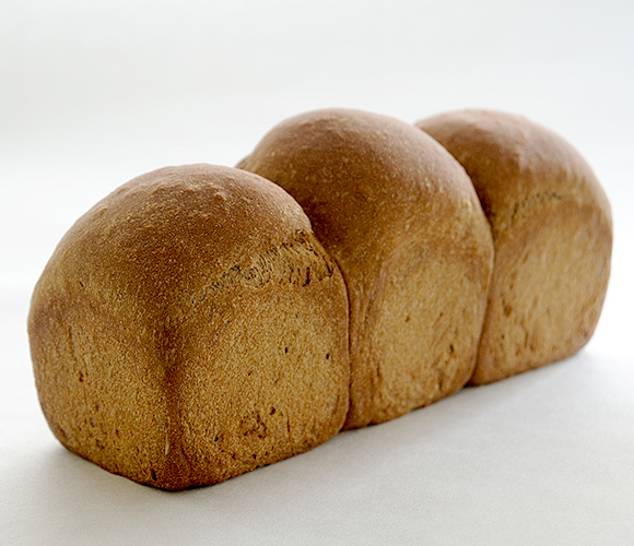 サラ・大麦ブレッド