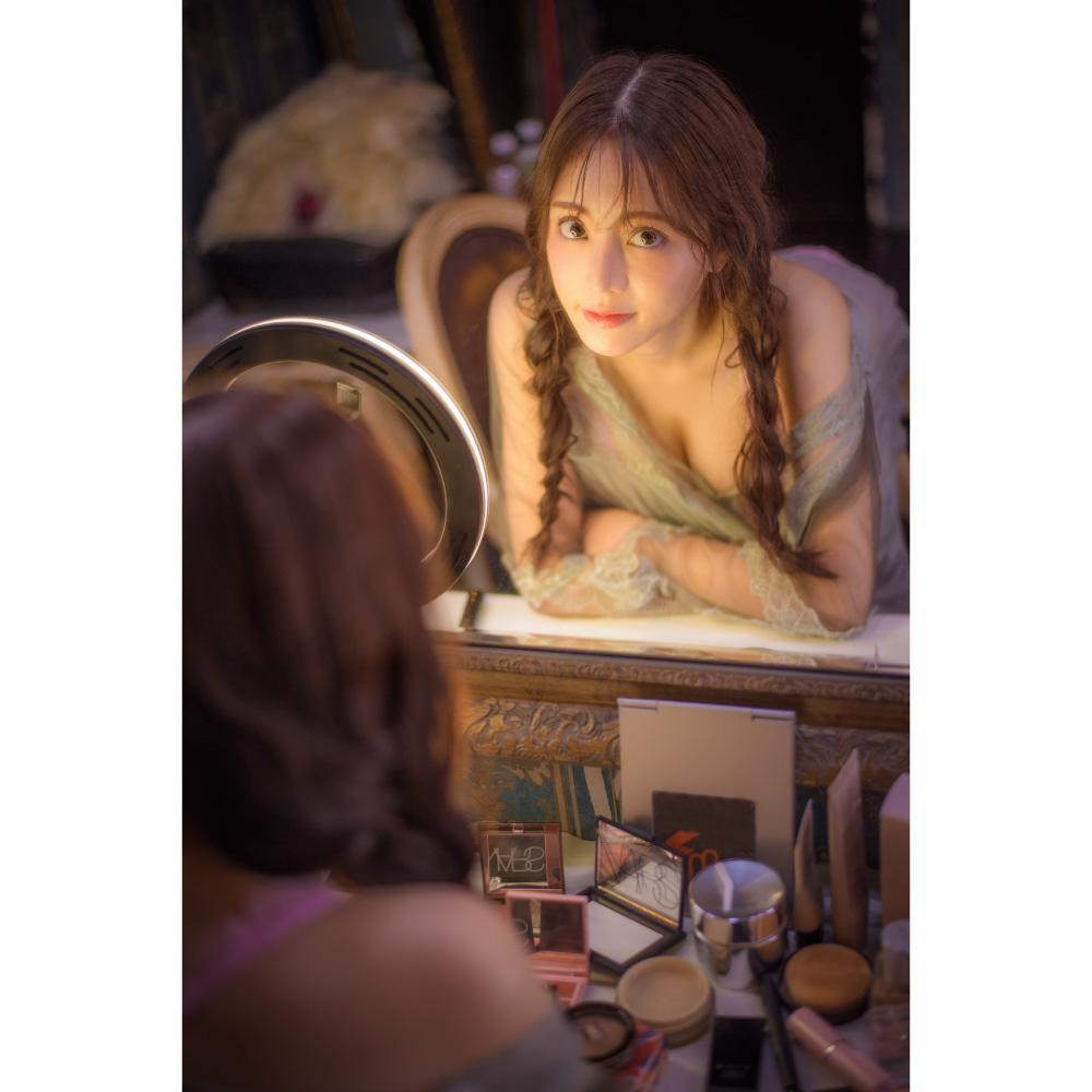 谷あさこ 1st写真集 「Cherie」(ブロマイド特典付き)