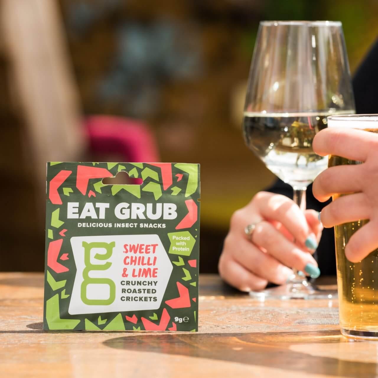 【賞味期限:2021.4.8まで!賞味期限間近の為50%OFF】Eat Grub クランキー ロースト クリケット スイートチリ&ライム 12g