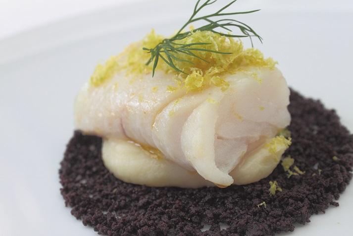 ウリデア 黒オリーブパウダー 40g<br>★黒オリーブの実を粉末にして塩を少し加えた大変健康的でおしゃれな調味料です