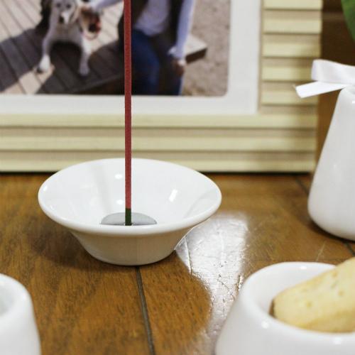 ペット 仏具 かわいい おもいでのあかし 8点セット いつもの水入れとごはん皿 お供え用 供物 ぺット仏壇 ペット仏具 犬 猫 動物 モダン 燭台 香炉 パステル3カラーから選べる