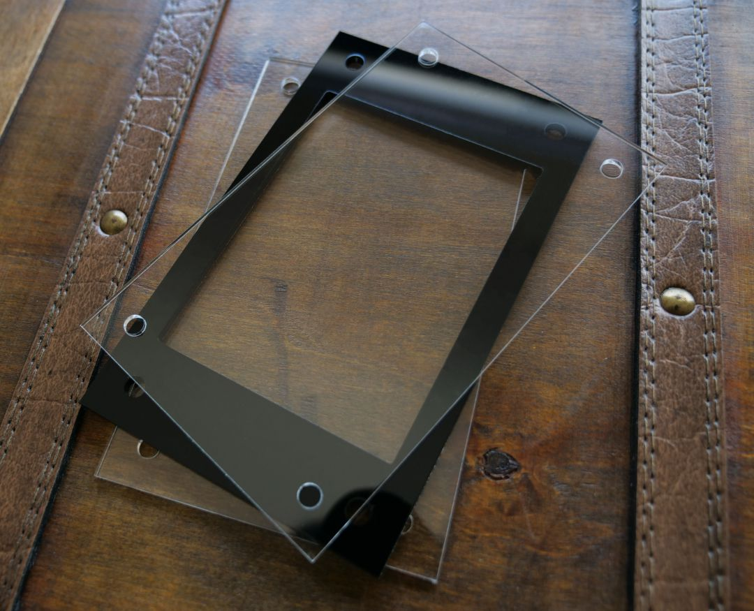 【セット商品】UVカットアクリルプレート2枚+アクリルフレーム フルプロテクトスリーブR用 黒1枚