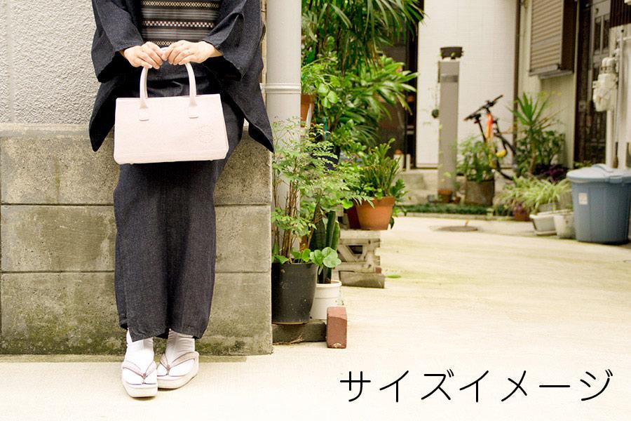 ポスト3 プリンセスシリーズ.・PVC<No.2・ソフトアイボリー)> 金具:アンティークゴールド